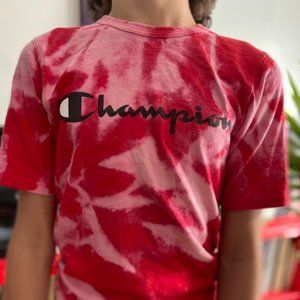 28 shipped champion red